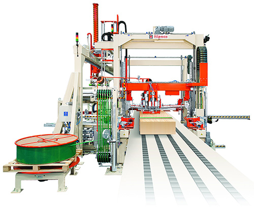 strapping timber machine equipped with polyester strap